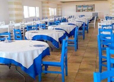 ristorante tradizionale dentro