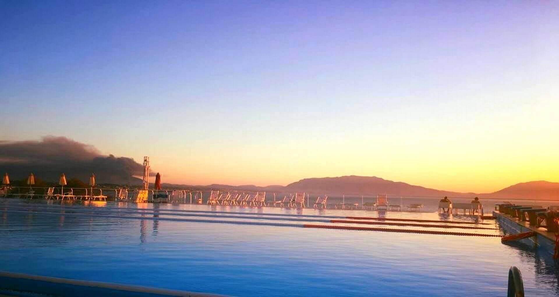 Piscina_Olimpionica_Perla_del_Golfo_Resort